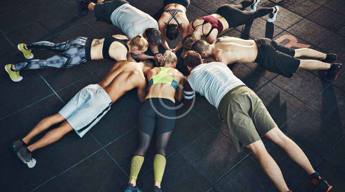 10 benefits of a group training at a gym